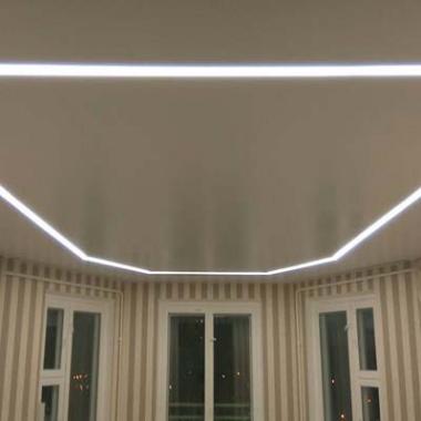 Парящие линии зал